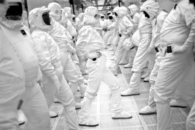 Intel fab workers