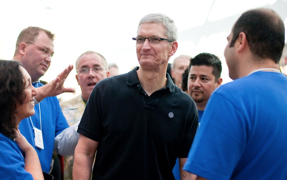 Tim Cook tells employees Apple has 'big plans' for 2014 that 'customers are going to love' | 9to5Mac