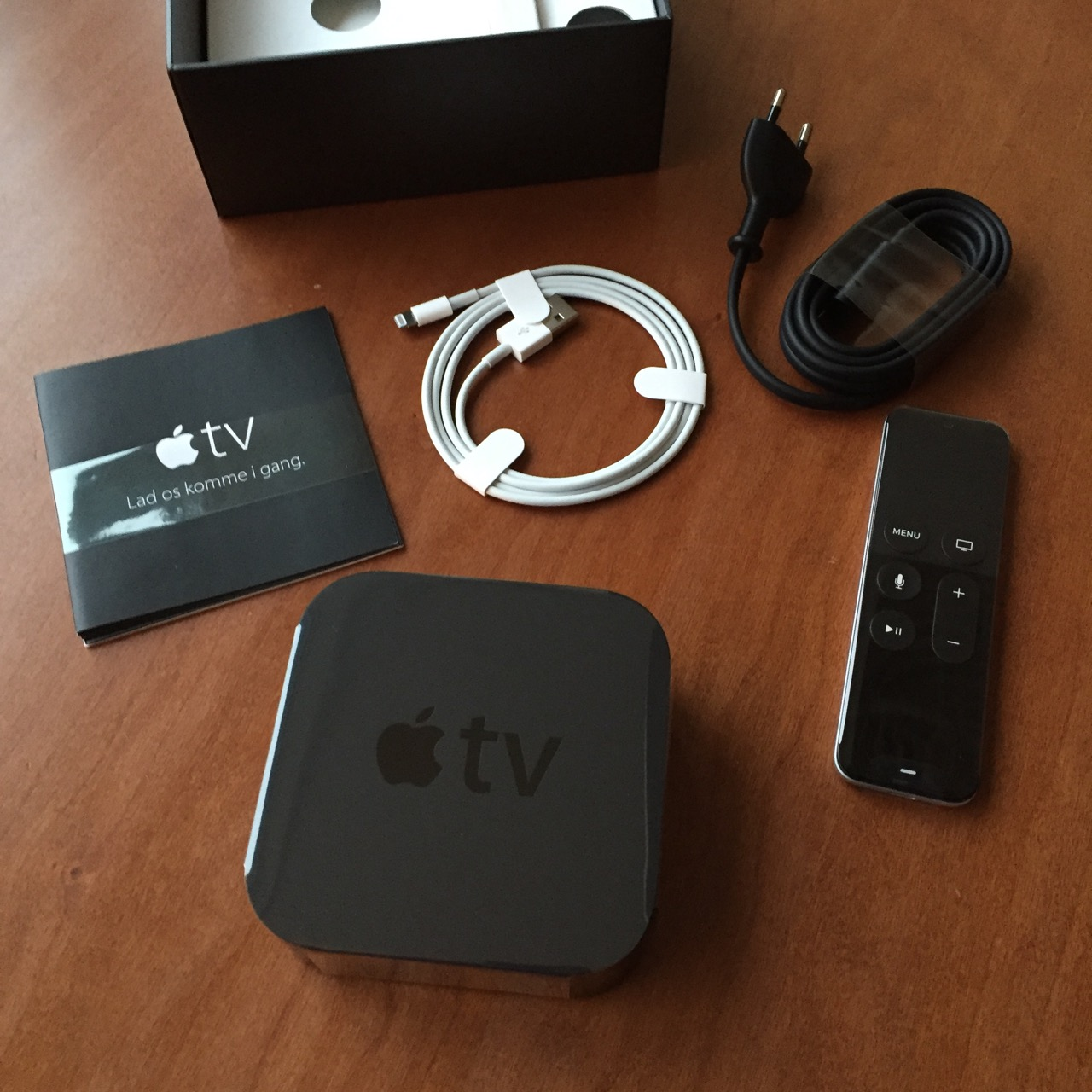 Apple TV MaxiMac