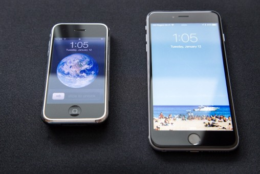 This is what today's popular websites look like on the 1st generation iPhone