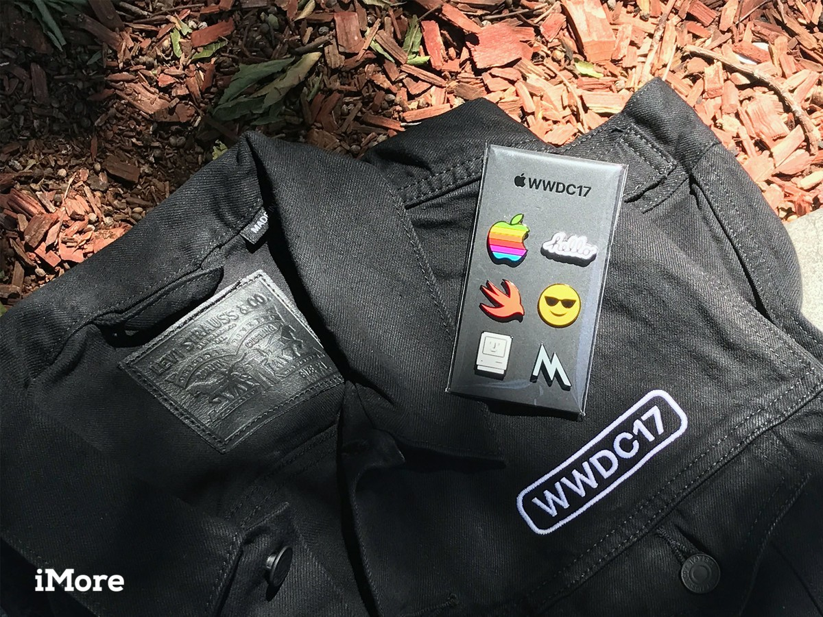 Apple WWDC17 swag
